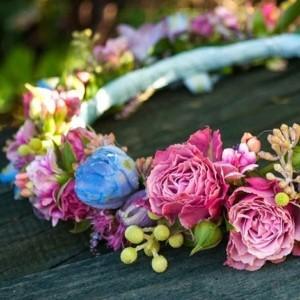 Modne wianki ślubne - subtelne i romantyczne