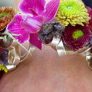 Moda na biżuterię floralną nie ustaje