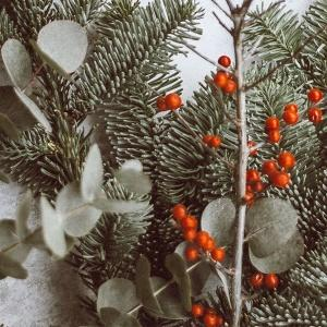 Trzy świąteczne pomysły na dekorowanie małych pomieszczeń