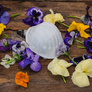 kwiatowa maseczka