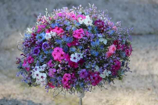 Trwałość roślin w bukietach ślubnych