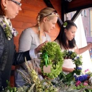 Pokaz Rusałek i Świtezianek oraz konkurs na najładniejszy wianek we Wrocławiu