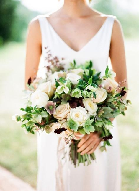 hellebore-wedding-bouquet