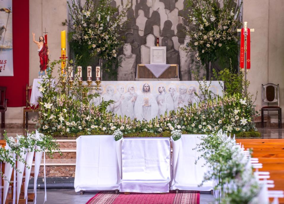 Dekoracja Kościoła Na Pierwszą Komunię Forumkwiatowepl