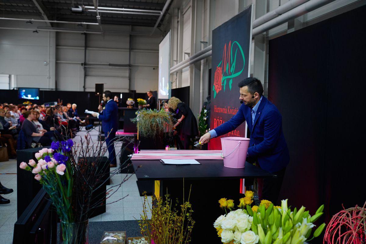 Wiosenna niespodzianka - pokaz w Hurtowni Kwiatów Róża, fot. Marcin Chruściel