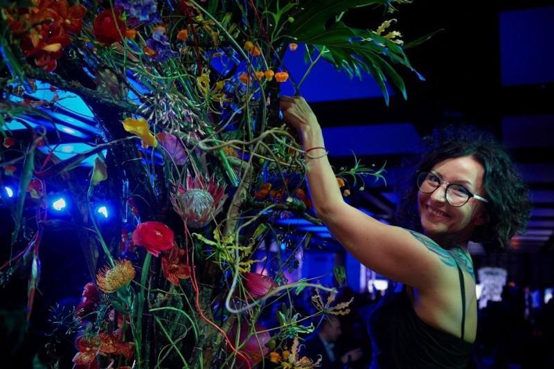 Duża forma florystyczna Gretaflowers