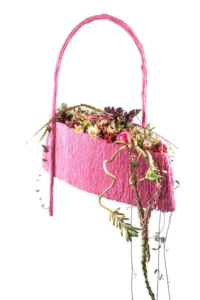 aranżacja florystyczna z wełna Gregor Lersh