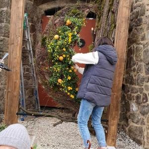 Ogrody kwiatowe na Zamku Książ. Aranżacje Dolnośląskiego Zespołu Szkół w Jaworze