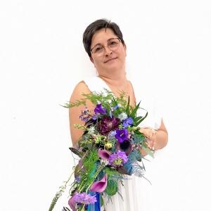 Jak zrobić spływający bukiet ślubny (naręcz)?